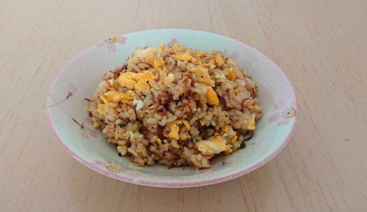 「ふりかけだけで味が決まる!」ちりめん山椒の簡単チャーハンを作ってみたら、本当にふりかけだけで味が決まって簡単でした!